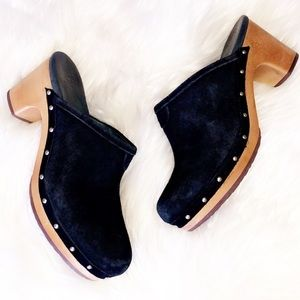 UGG Black Suede Leather Clogs